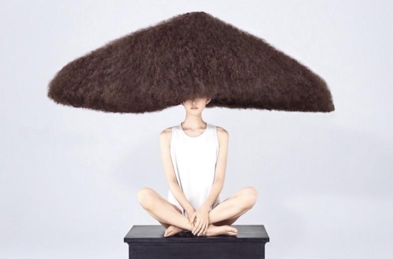 ヘアスタイリスト MASAMI TAKAGIが創るヘアタッセルピアス